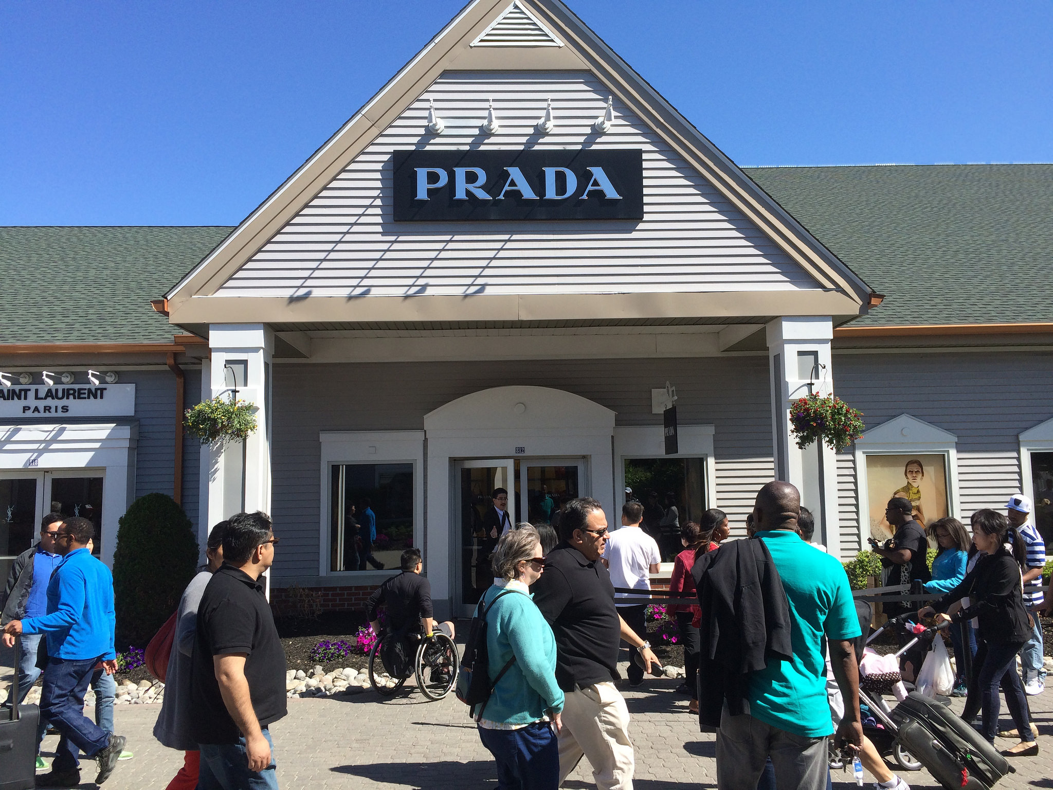 Prada-Outlet